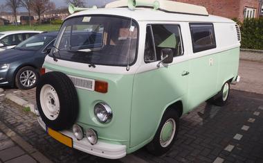 Volkswagen T2 camper voorzijde