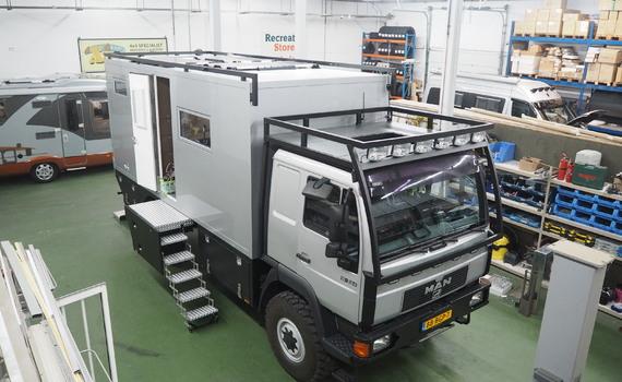Expeditie camper gebouwd op MAN chassis
