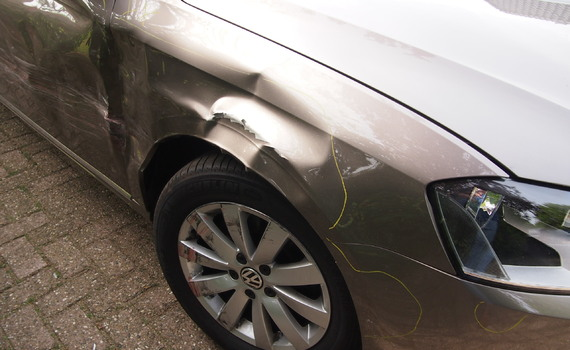 VW Schadeauto